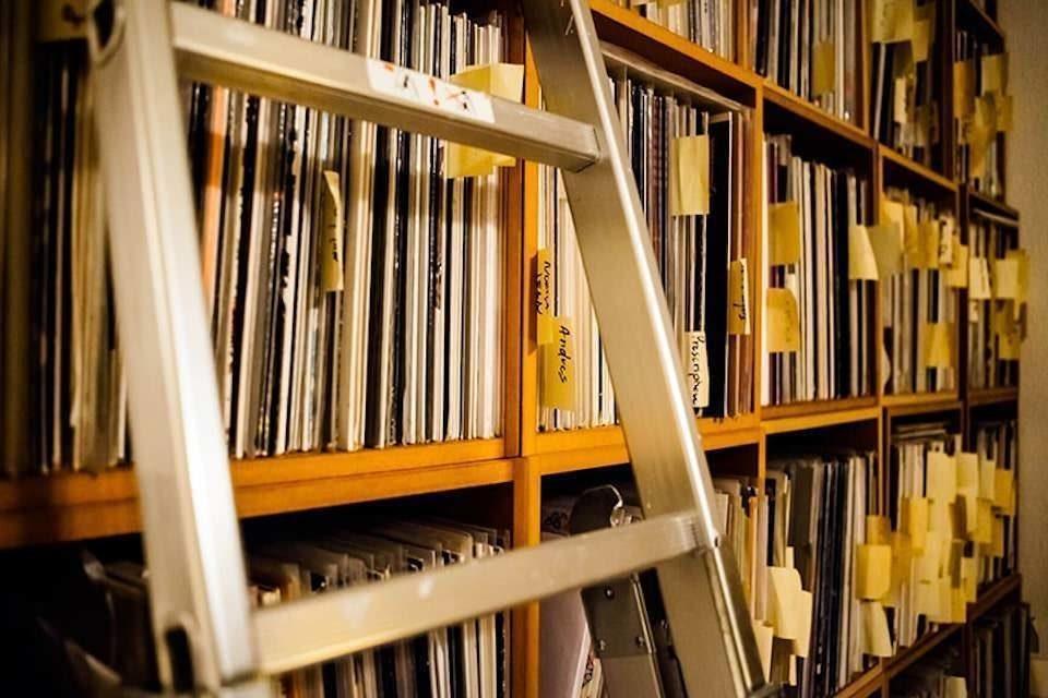 Анализ британского аудиорынка: винил скоро обгонит CD