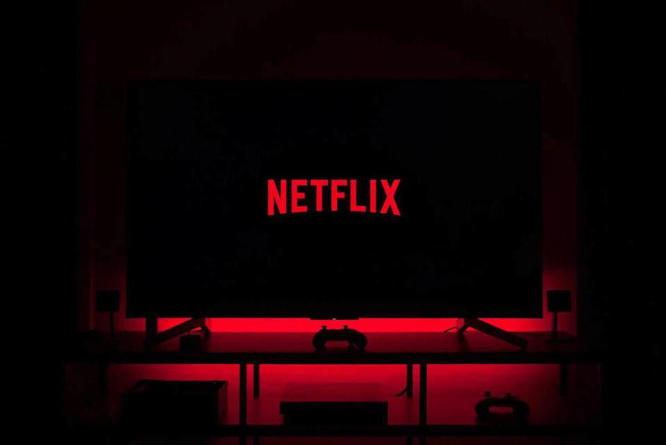 Netflix только для тебя: компания начала бороться против раздачи паролей друзьям