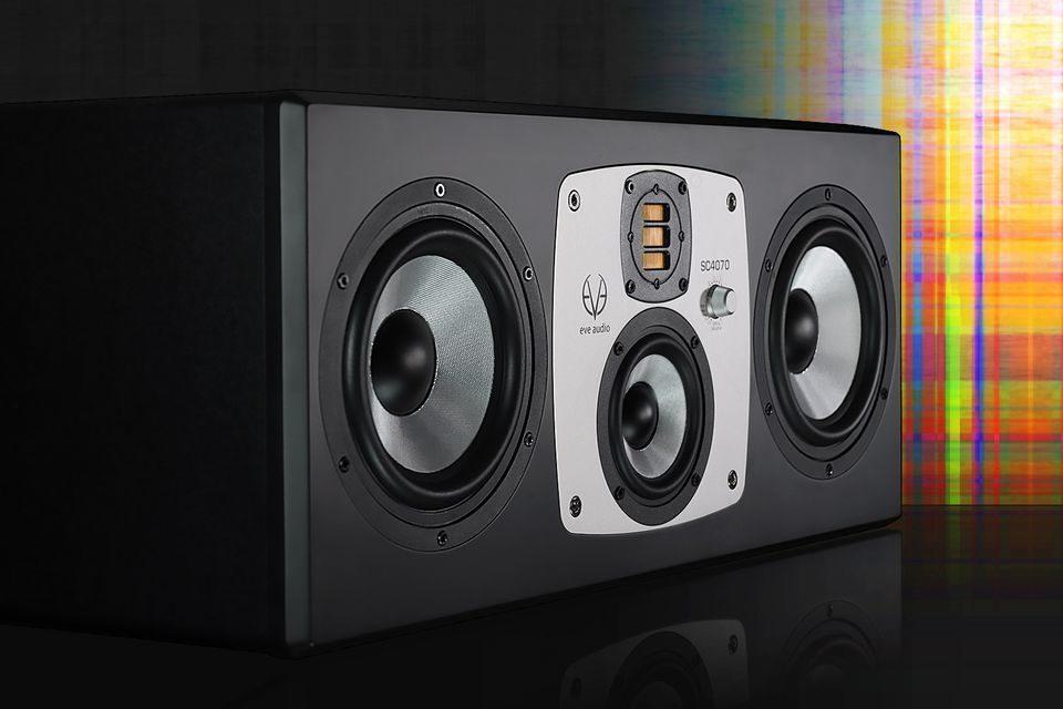 Студийные мониторы EVE Audio SC4070: четыре излучателя с 250-Вт усилителем на каждый