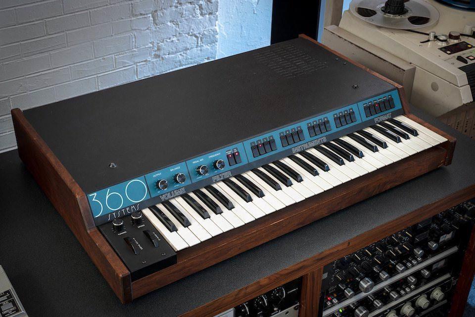 Основой для набора звуковых сэмплов 360 From Mars стал редкий синтезатор из 80-х 360 Systems