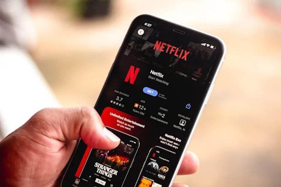 Функция Netflix Play Something решит проблему выбора видео для просмотра