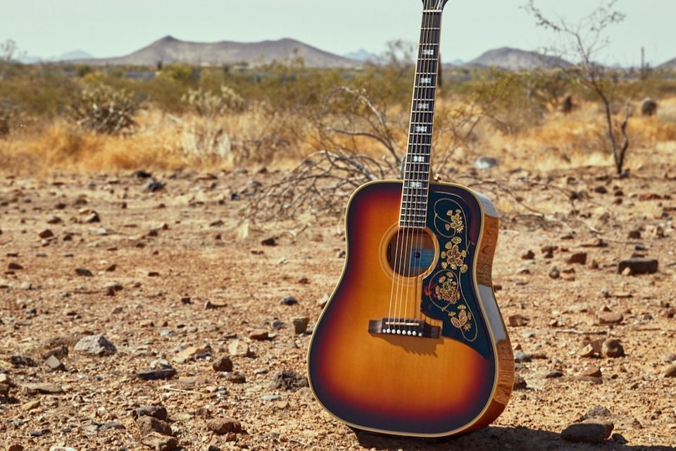 Gibson возобновила производство акустических гитар Epiphone Frontier после 50-летней паузы