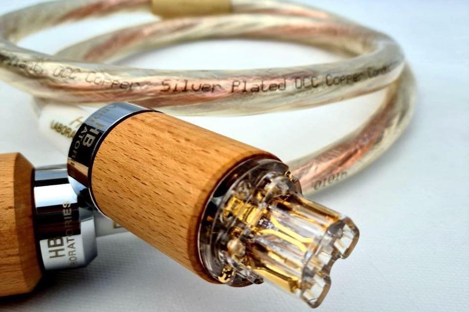 Гибридные кабели HB Laboratories: полярное сочетание чистой и посеребренной меди