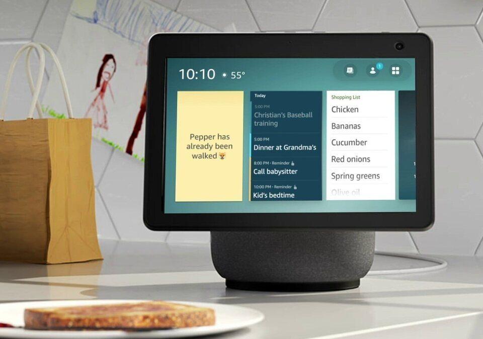 Слухи: на презентации 28 сентября Amazon покажет настенную колонку с дисплеем и Alexa-саундбар с камерой