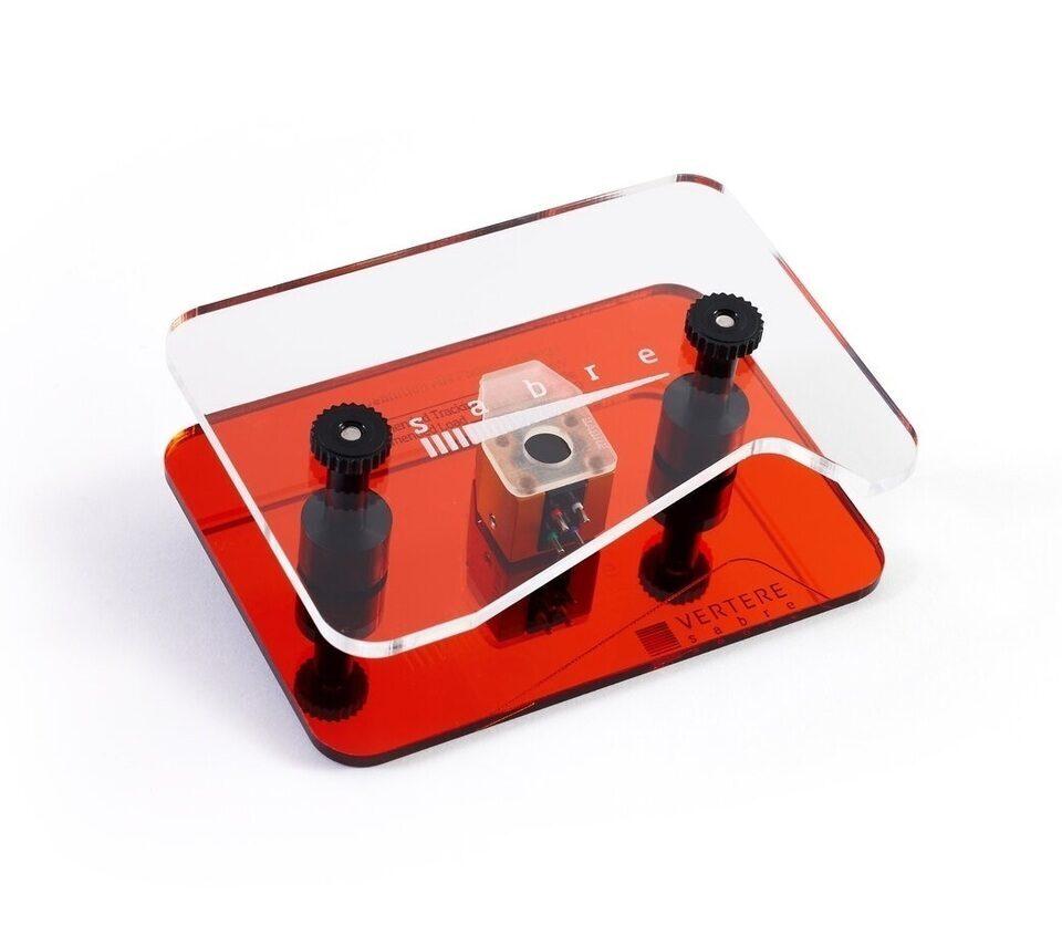 MM-картридж Vertere Acoustics Sabre: магнит AlNiCo и сборка на винтах в алюминиевом корпусе