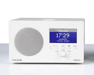Tivoli Audio представила настольный AM/FM-приемник Albergo