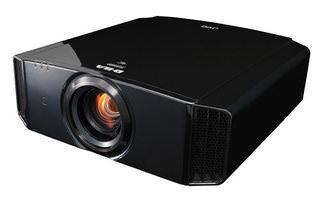 JVC обновила линейку домашних проекторов серии X