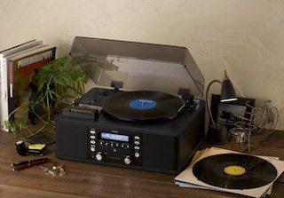 Музыкальному комбайну TEAC LP-R550 все под силу