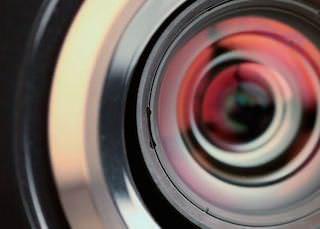 Российское отделение JVC презентовало домашние проекторы на YouTube