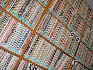 В первой половине 2014 года выросли продажи виниловых пластинок и потокового аудио