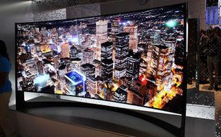 Samsung представил 105-дюймовый Ultra HD-телевизор