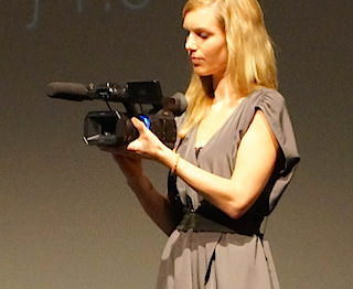 Panasonic представила полупрофессиональную видеокамеру HC-X1000