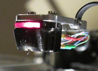 DS Audio выпустила опто-механический картридж DS-W1