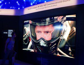Sharp показала 120-дюймовый 4K-дисплей для коммерческих инсталляций