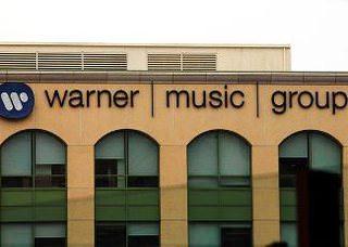 Warner Music: cтриминг музыки стал прибыльнее цифровых продаж