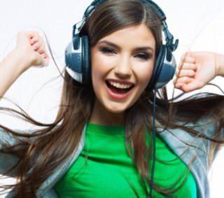 Стриминговый музыкальный сервис Apple может заработать в России этим летом
