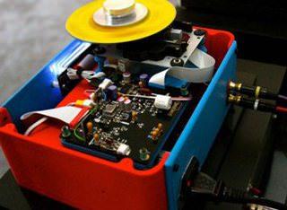 На 3D-принтере распечатали CD-проигрыватель
