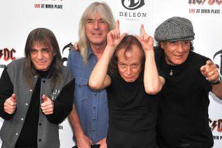 Альбомы AC/DC стали официально доступны на стриминговых сервисах
