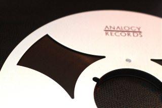 Analogy Records: новые релизы на магнитофонной пленке