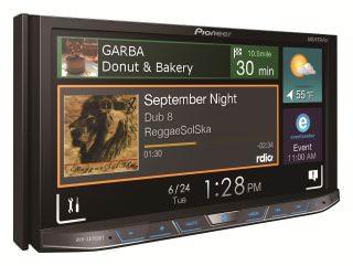 Автомобильный медиаресивер Pioneer AVH-X8700BT: максимальная интеграция со смартфонами