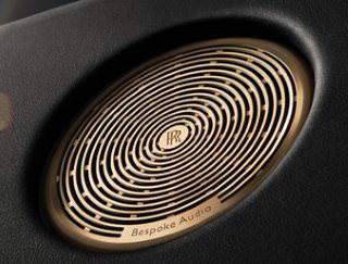 Автомобиль Wraith Inspired by Music от Rolls-Royce оснастили 18-канальной аудиосистемой Bespoke Audio
