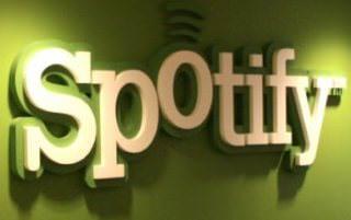 Сервис Spotify может ограничить или убрать бесплатное прослушивание музыки