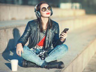 Juniper Research: доходы от стриминга музыки по рекламной модели превысят 1 млрд долларов в 2017 году