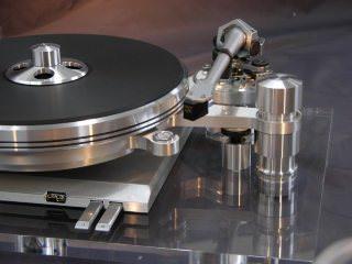 LP-проигрыватель Delphi Mk VI Second Generation: искусство геометрии