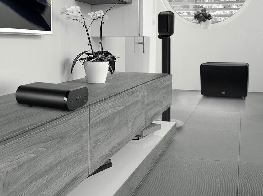 Q Acoustics анонсировала беспроводную 2.1-аудиосистему Q Media 7000 с усилителем Q AVA