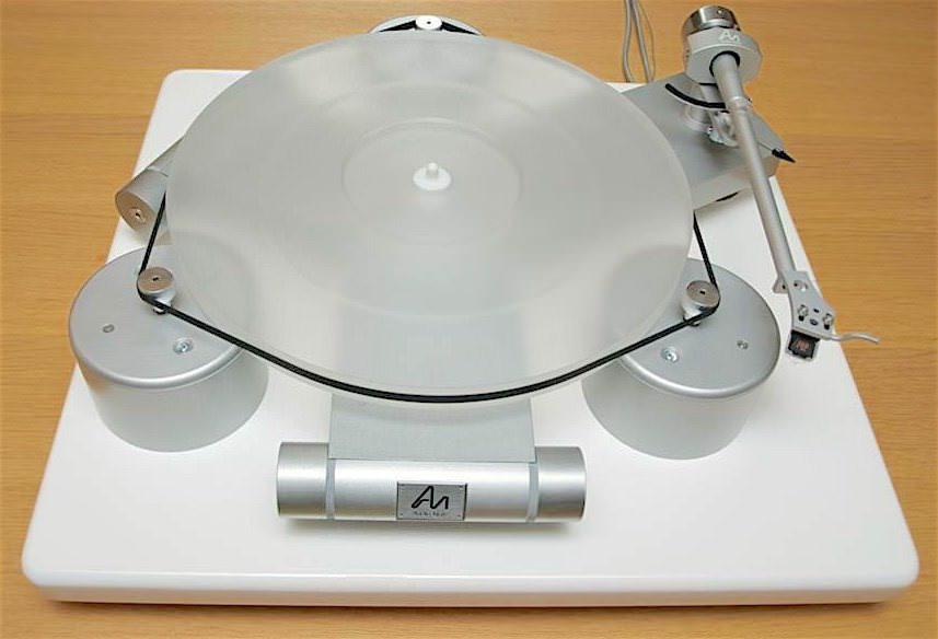 Audio Note обновила проигрыватель виниловых пластинок TT-Three