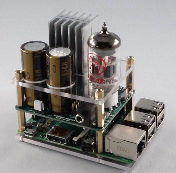 Микрокомпьютер Raspberry Pi использовали в качестве основы лампового усилителя для наушников