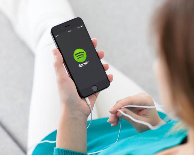 Spotify приобрел сервис CrowdAlbum с фото- и видеоархивами концертных туров