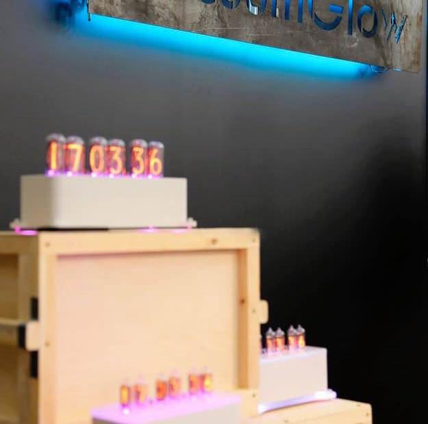 Российские ламповые часы VacuumGlow представили на Munich High End Show