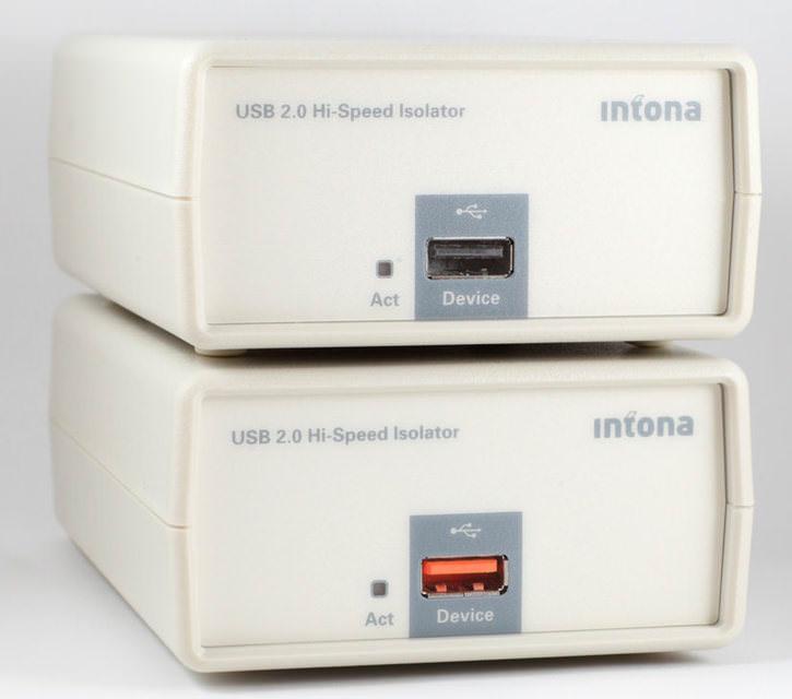 Фильтр Intona Technology High-Speed Isolator изолирует шину USB и передает на ЦАП чистый сигнал