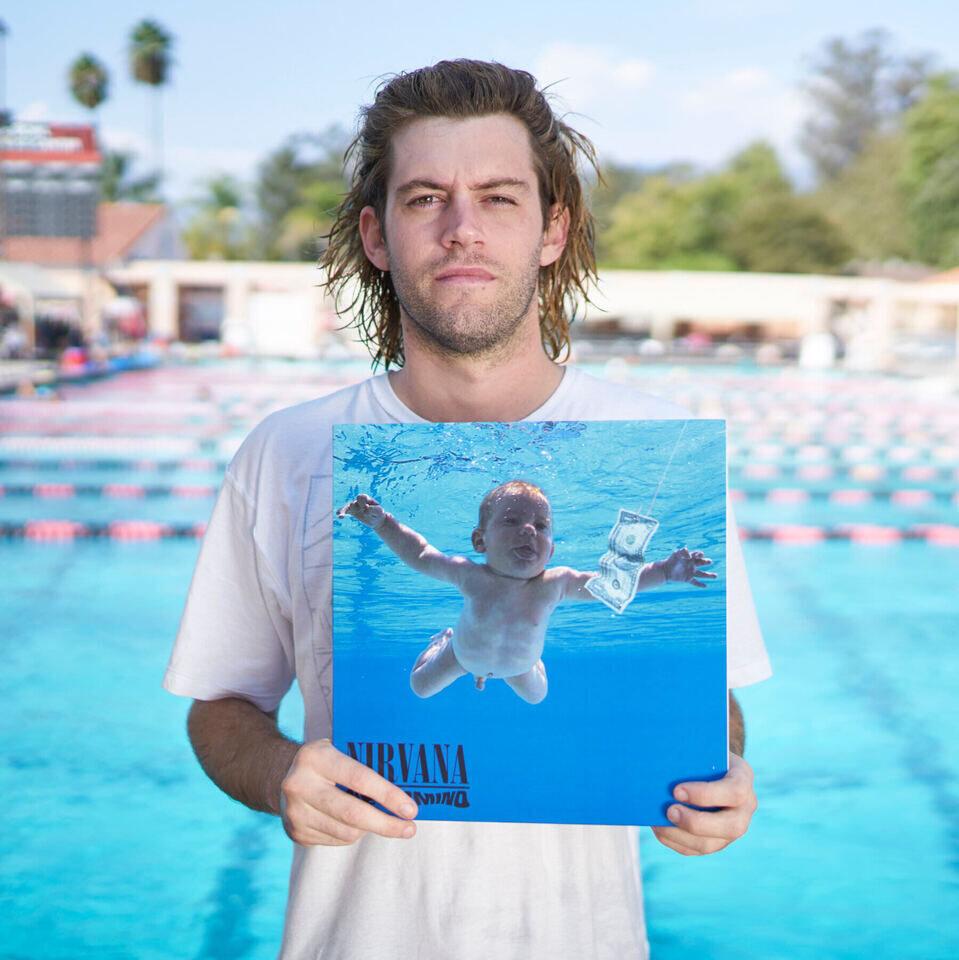 Спенсеру Элдену разонравилось его фото на обложке альбома Nirvana «Nevermind» и он подал судебный иск
