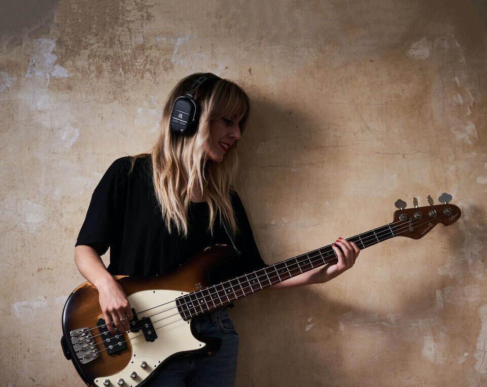 Boss Waza-Air Bass: беспроводные наушники для бас-гитары с настройкой через мобильное приложение