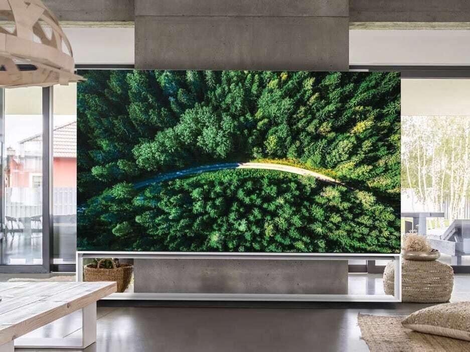 Слухи: LG запланировала выпуск 97-дюймового OLED-телевизора