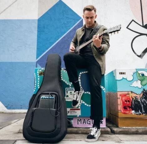 Adori Audio Slimtech: компактный комбо в защищенном чехле для гитары