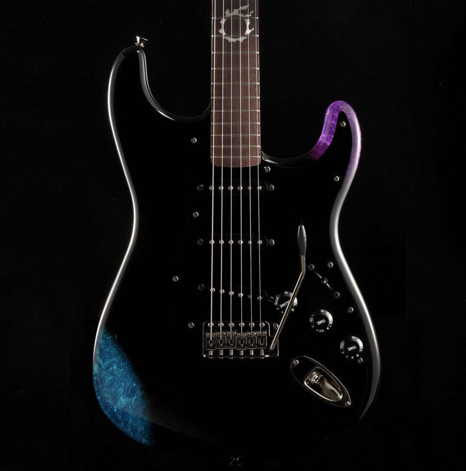 Fender и Square Enix оформили Stratocaster в стиле игры Final Fantasy XIV