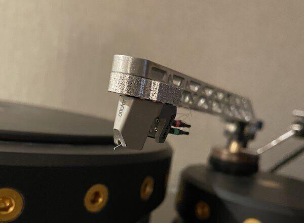 MC-картридж Ortofon Verismo: алмазный иглодержатель в титановом корпусе SLM