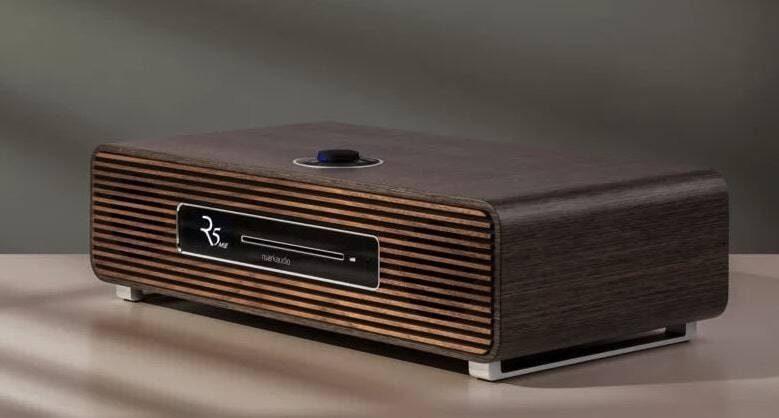 Первым лимитированным продуктом Ruark из коллекции Made in England стала система R5 MiE