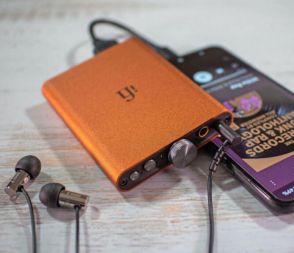 Портативный ЦАП-усилитель iFi hip-dac2: отделка Sunset Orange и полное декодирование MQA
