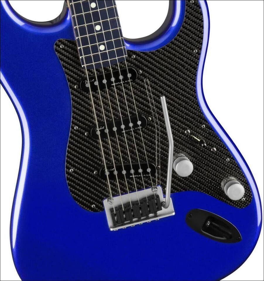 Fender и Lexus выпустили лимитированный LC Stratocaster в уникальной синей расцветке