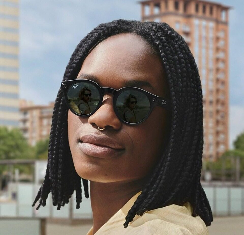 Ray-Ban Stories: умные очки от Facebook и Ray-Ban